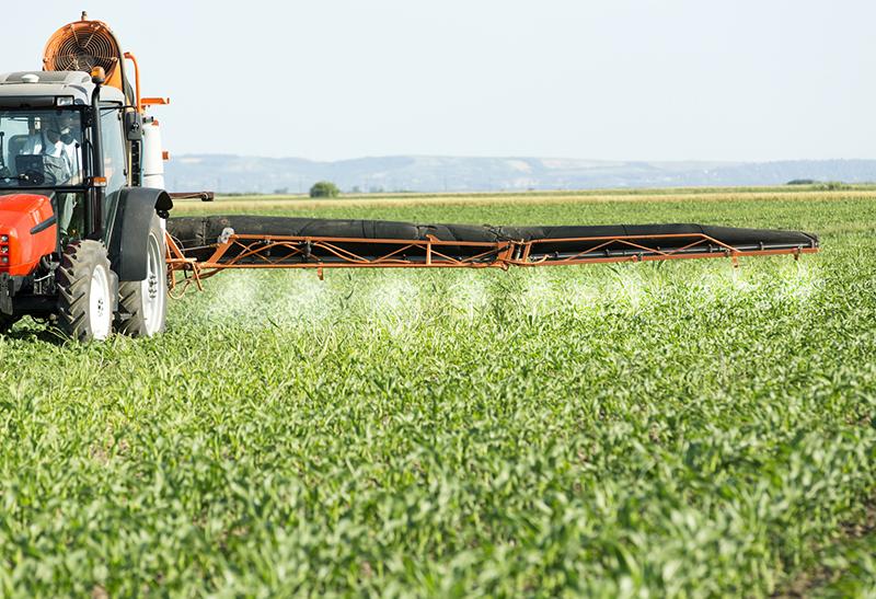 Der Bauernverband spielt sich bei Pestiziden ins Offside